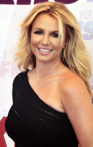 britney_spears_2013_straighten_crop